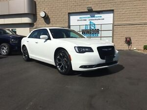 2016 Chrysler 300 S - FORMER DAILY RENTAL