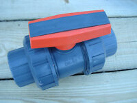 """High quality PIMTAS PVC pipe fittings: Ball valves, 3/4 """" and 1"""" plain and threaded"""