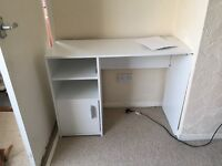 Free desk to be collected before next weekend