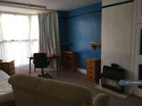 1 bedroom in Heavitree Road, Exeter, EX1 (#1213849)