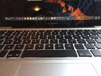 """Brilliant MacBook Pro 13"""", i5 2.3Ghz Processor, 4Gb, 2011, New battery, Case"""