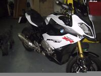 IMMACULATE LOW MILEAGE 2015 BMW S1000 XR SE