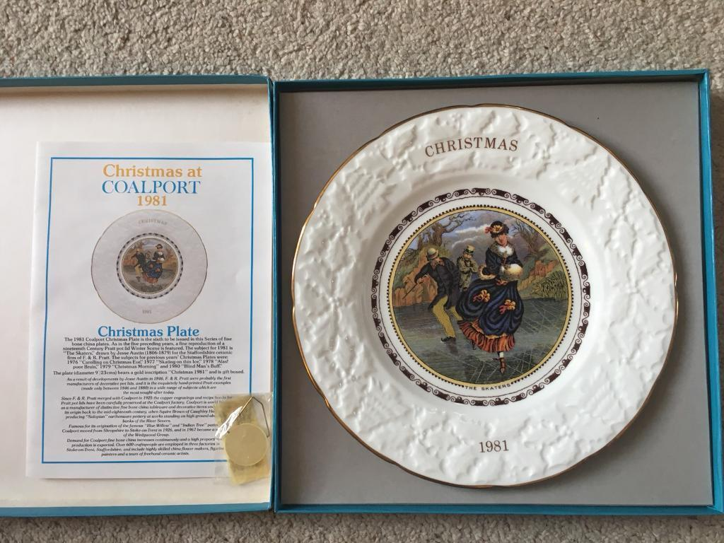 Coalport Annual Christmas Plate, 1981 'The Skaters'