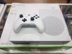 Xbox one s 500gb like new in box white Fifa 16