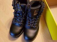 Dunlop work boots Size 5
