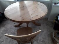 4x chairs+Table - round pine dinning table