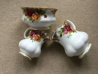 ROYAL ALBERT OLD COUNTRY ROSES CHINA MILK JUG CREAM JUG AND SUGAR BOWL