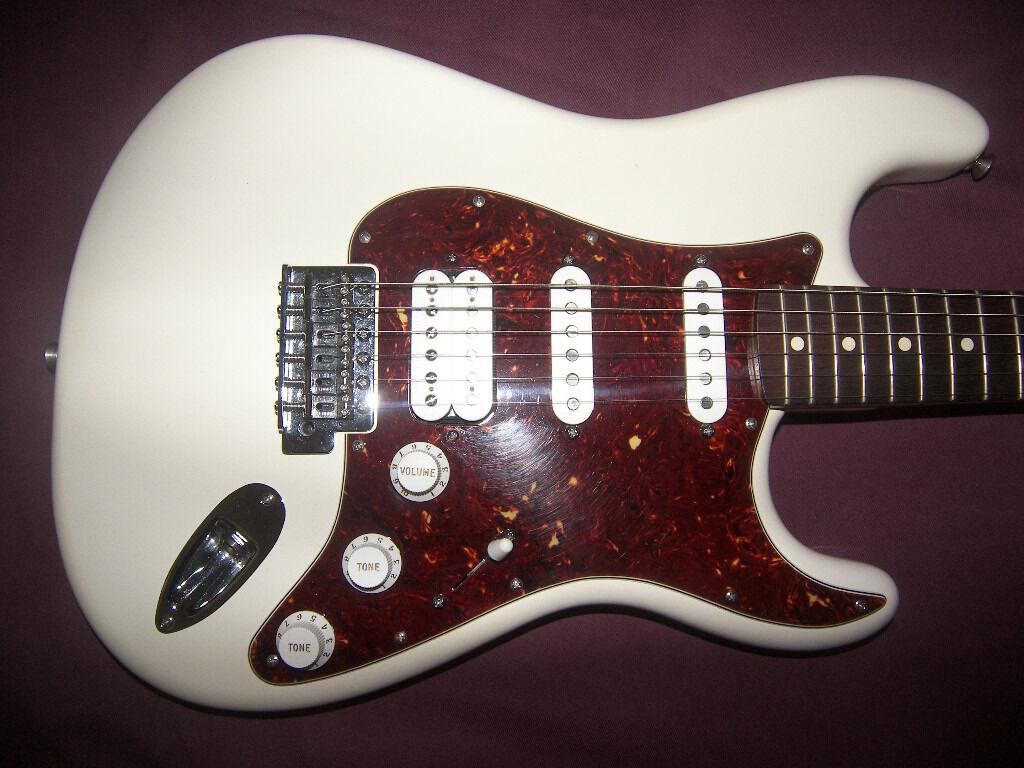 Fender Stratocaster Hss Mexican : fender deluxe lonestar stratocaster hss mexico mexican mim electric guitar 2010 in ~ Hamham.info Haus und Dekorationen