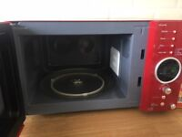 Gorgeous Red DAEWOO Microwave in Excellent Condition!