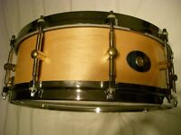 """Noble & Cooley SS solid maple snare drum 14 x 5 1/2"""" - USA - 1995 - Gloss natural"""