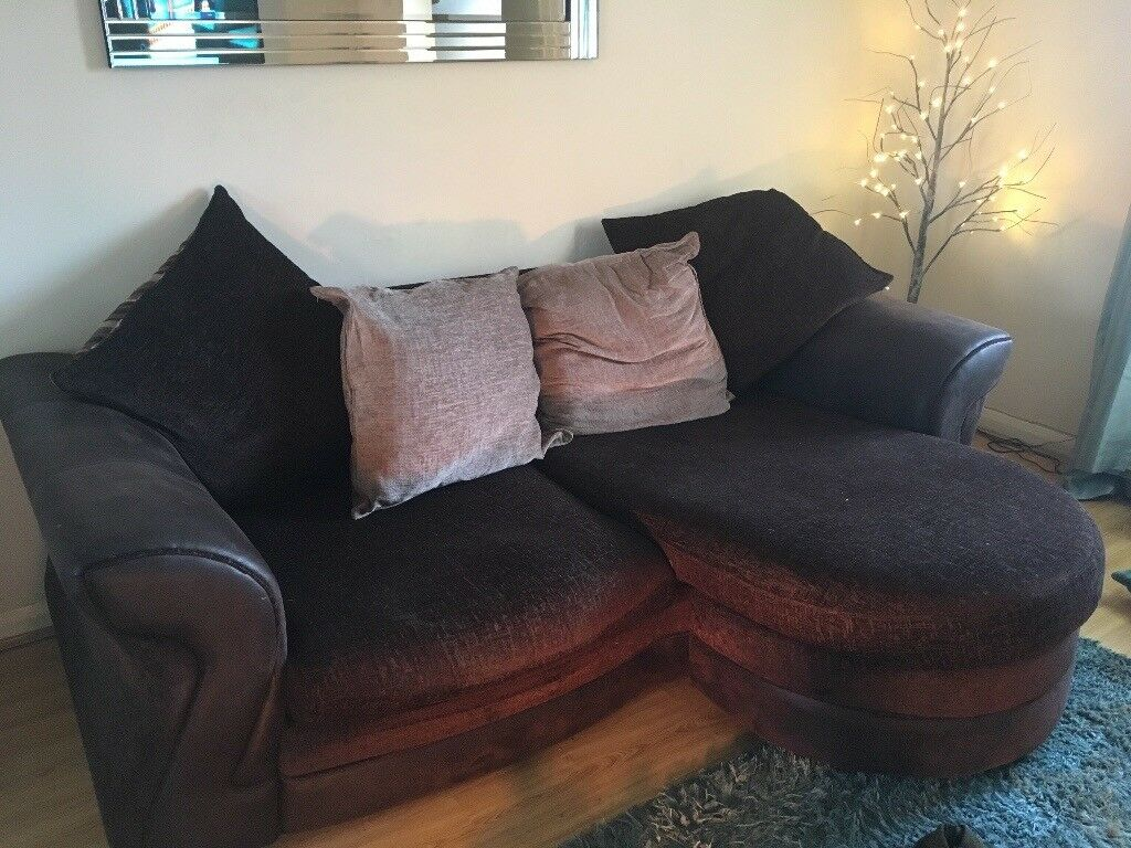 Beautifull comfy sofa..sensible offers