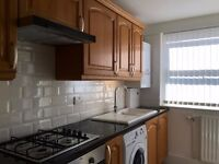 Newly renovated, spacious bright and airy 1 bed flat: ten minute walk to Finsbury Park Station