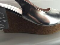 Ladies Silver Wedge Sandal (NEW)