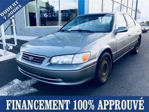 2001 Toyota Camry CE **FINANCEMENT 100% APPROUVÉ**