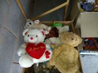 LARGE QUANTITY SOFT TOYS - OVER 100 (IDEAL CAR BOOT)