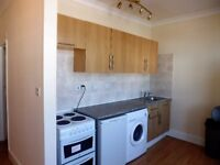 2/3 Bedroom with 2 bathrooms located just a few minutes from Woolwich town centre and DLR