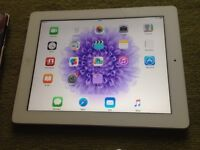 iPad 2 white 16gb comes with leather case/charger/plug/screen protector