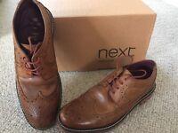 Men's shoes. Brown lace up shoes size 9