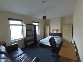 Nice double room in Leyton 5 min walk to underground station