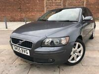 2005 VOLVO / S40 DIESEL / ALLOYS / ELECTRIC WINDOWS / CD / SEPT MOT .