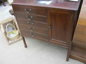 VINTAGE VERSATILE SMALL CABINET WITH DRAWERS. IDEAL AS IS OR PAINTED. VIEWING/DELIVERY AVAILABLE