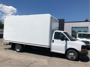 2017 GMC Savana 3500 Cube van 16ft with ramp