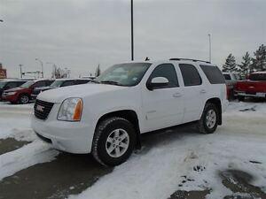 2014 GMC Yukon SLT / Fully Loaded / Heated Seats /