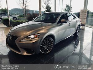 2016 Lexus IS * PREMIUM * AWD * CAMERA DE RECUL *