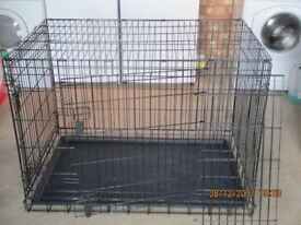 Dog Crate with divider V.G.C.