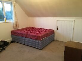 Double bedroom , clean family sharing house , Indian family