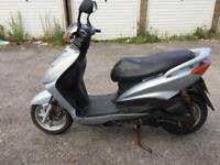 Yamaha Cygnus X 125cc moped Scooter not Honda piaggio Vespa Gilera