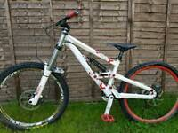 Scott Voltage FR20 Downhill bike 2012