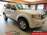 2009 Ford Escape XLT,  V6 ALL WHEEL DRIVE
