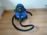 Wickes Wet & Dry Vacuum & Blower 1250W 20L Heavy Duty fully working vacuum cleaner