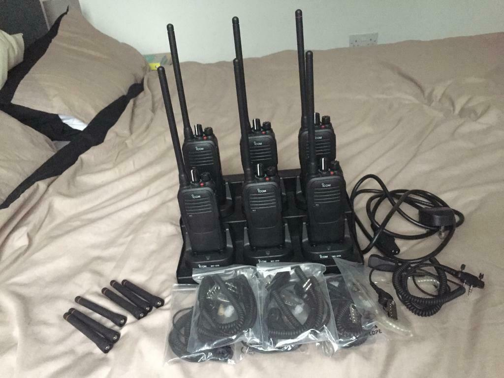 Icom IC-F1000 VHF 6 X Professional Two Way Radios With Extras Full Set!! |  in Kirkstall, West Yorkshire | Gumtree