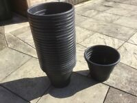 25 Black Plastic Garden Pots / Tubs - Job Lot