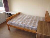 1 Room to rent, double bed - Hanger Lane (Zone3)