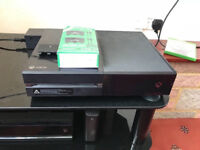 Xbox one 500gb with 2 controllers and 16 games