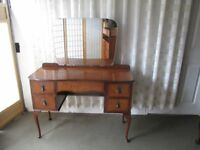 VINTAGE MAHOGANY VENEER FIVE DRAWER KNEE HOLE DRESSING TABLE WITH MIRROR FREE DELIVERY