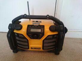 Dewalt DCR017 XR DAB Digital Radio + Dewalt DCR002 Bluetooth Radio Adapter