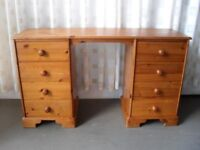 PINE EIGHT DRAWER KNEEHOLE DRESSING TABLE / DESK FREE DELIVERY