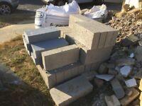 40 x concrete blocks 100mm 7n