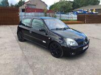 CLIO 182 SPORT IN STUNNING BLACK