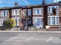 LOVELY ONE BED SUNNY GARDEN FLAT IN HERNE HILL looking to move to kent, sussex coast