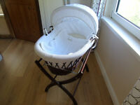 Izziwotnot Dark Wicker Moses Basket & Stand & 3 MC sheets