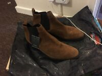 Band new Zara Chelsea boots