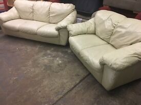REAL ITALIAN LEATHER SOFA SET 3&2 Seater very COMFY