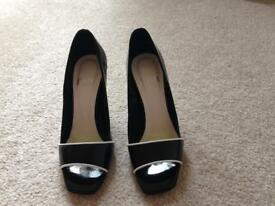 Faith size 3 black and white peep toe shoes