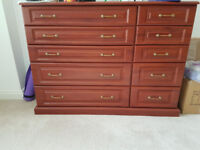 £20 - Chest Drawers