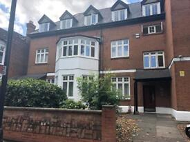 2 bedroom flat in Mapesbury NW2